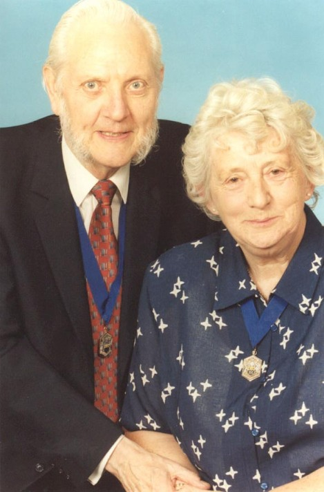 L-R: Honorary Alderman and Freeman Allan Jones and Honorary Alderman Jan Jones