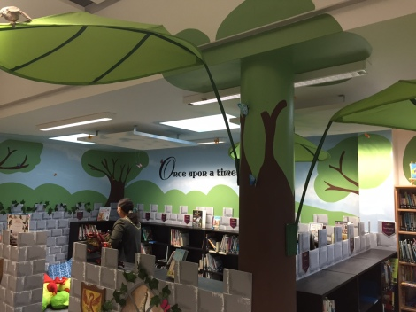New Pelham school library
