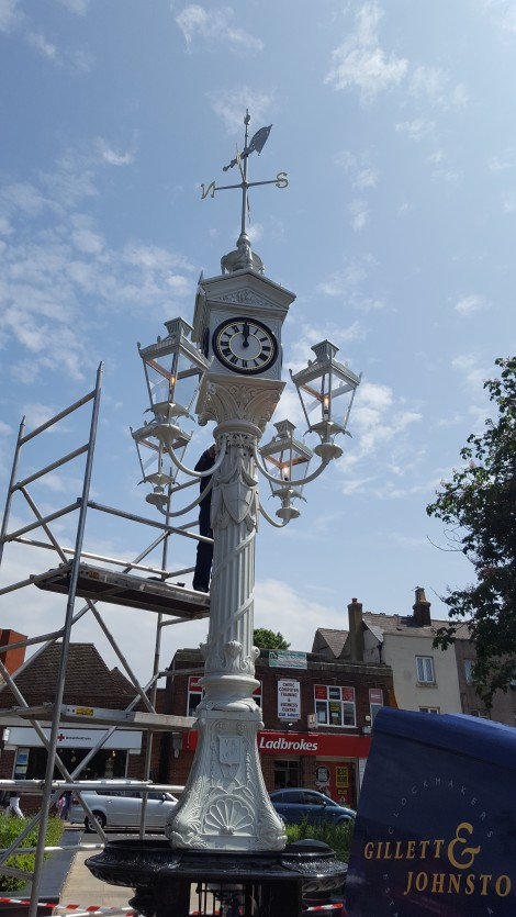 Lanterns are reinstalled after decades of absence