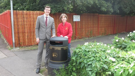 Cllr Ross Garrod and headteacher Lizzie Hudson outside Lonesome Primary Mitcham 2