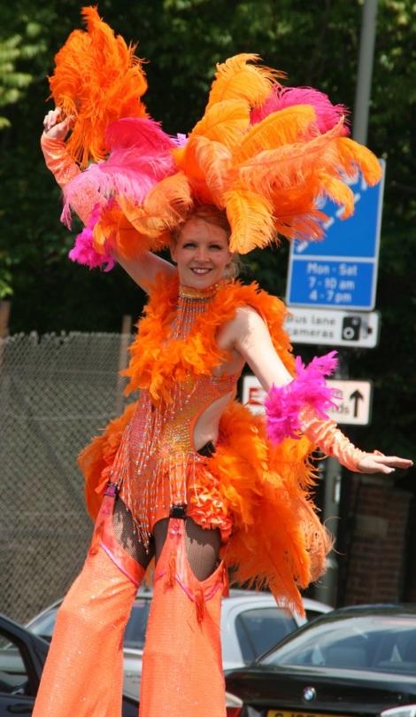 stilt-walker-mitcham-carnival-2011