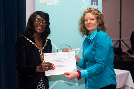 Detective Chief Constable Nicola Church receiving her award from Mayor of Merton Cllr Marsie Skeete