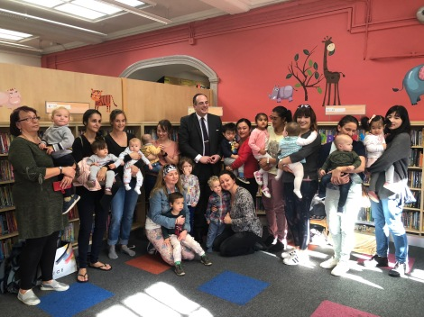 librairies minister visit to wimbledon library4